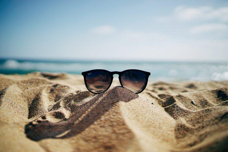 5 essentiels beauté pour vos vacances cet été